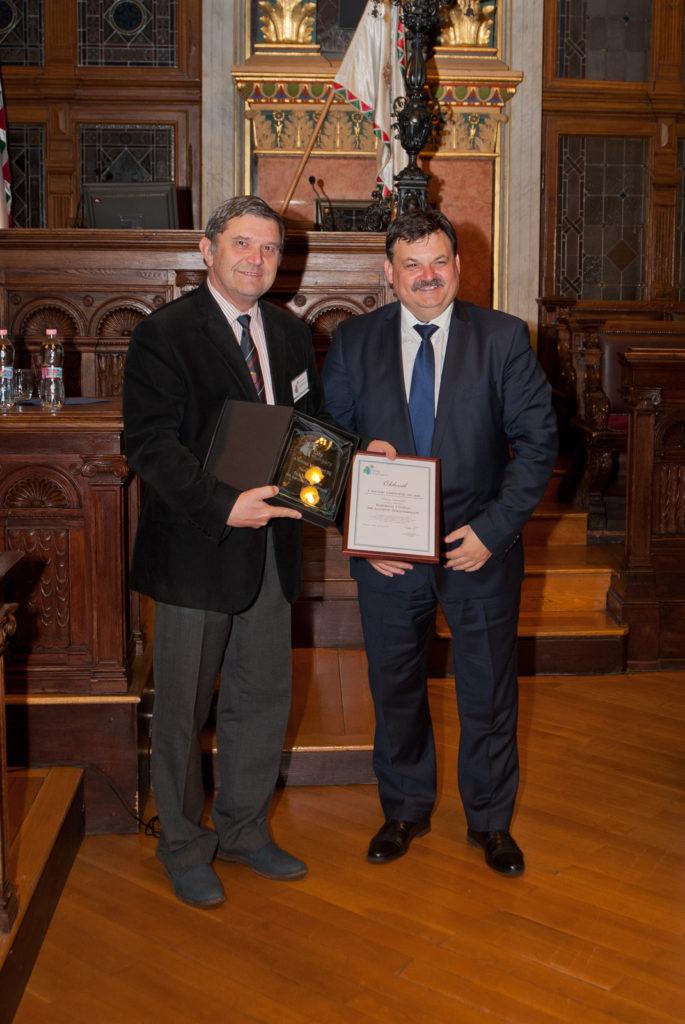 Takács Ferenc Bizottsági elnök (Budapest, XIII. kerület) és Schmidt Jenő, a TÖOSZ elnöke,  Tab polgármestere