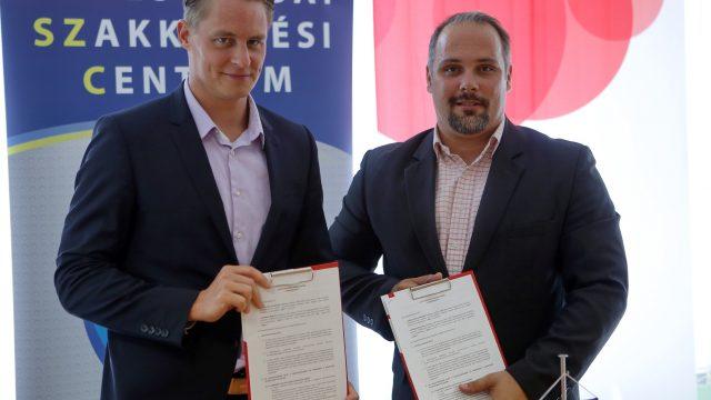 Megállapodás a Budapest Bank és a Békéscsabai Szakképzési Centrum között