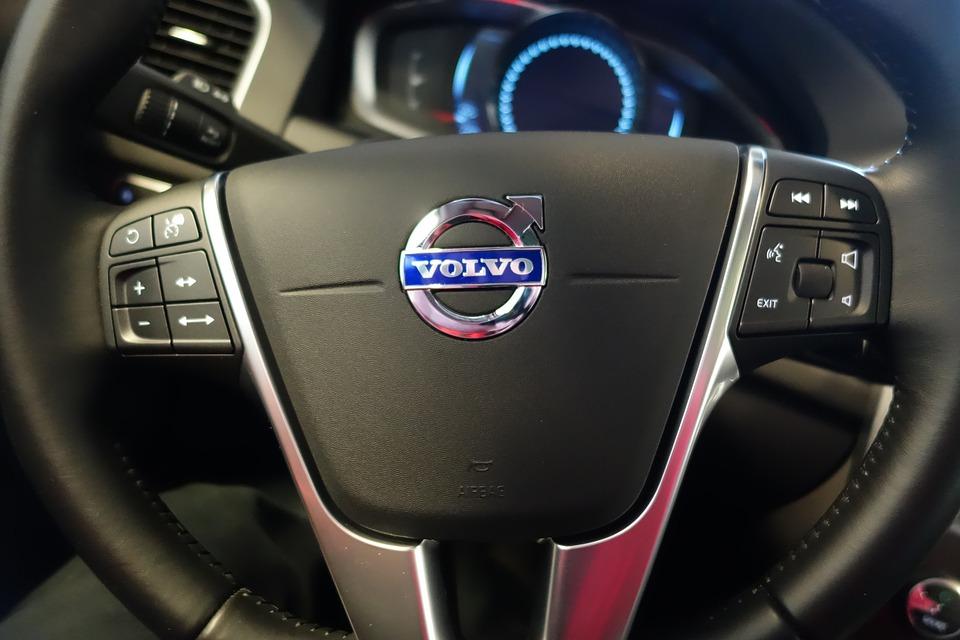 Az új Volvo-modellek elektromosak vagy hibridek lesznek