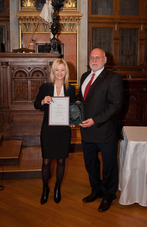Dr. Haag Éva alpolgármester (Szekszárd) és dr. Doór Zoltán, a Magyar Logisztikai Egyesület elnöke