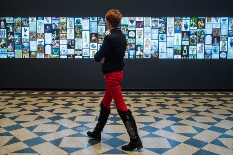 A világ legnagyobb múzeumi LCD fala (Szépművészeti Múzeum)