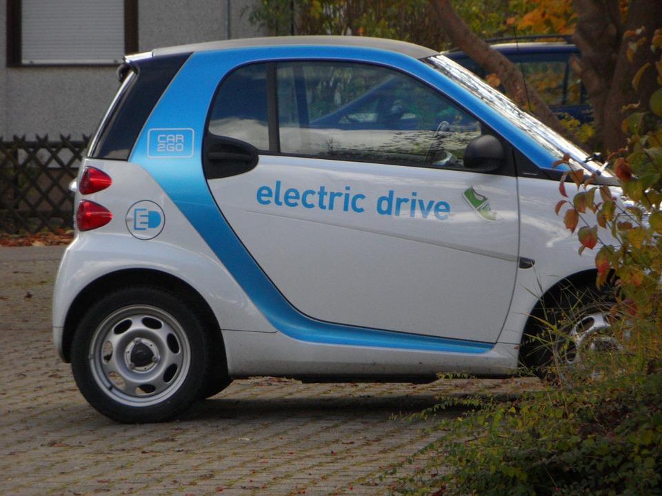 Elektromos autók új töltési rendszerét dolgozza ki az E.ON Hungária Zrt.