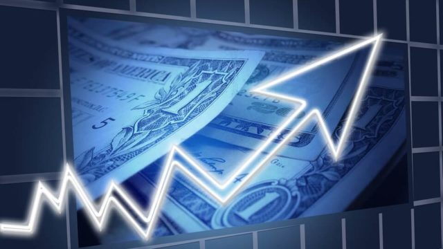 Lassuló világgazdaság, de nem recesszió