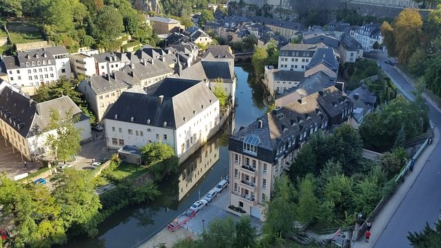 ingyenes tömegközlekedés Luxemburgban